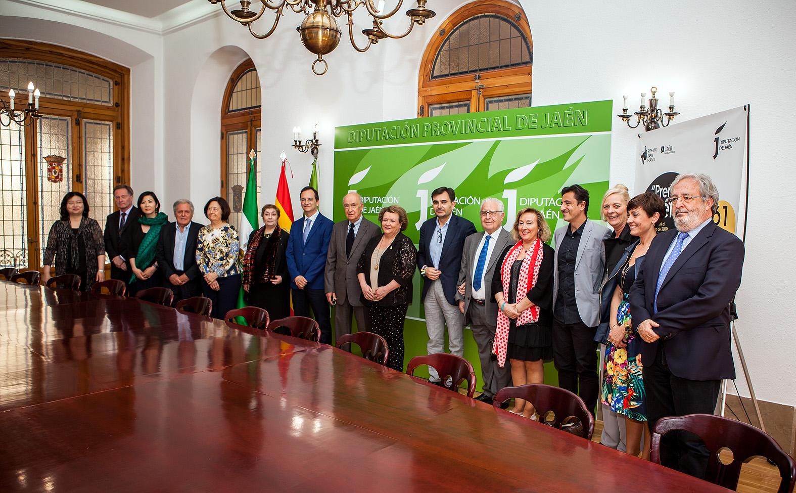 Recepción de la Diputación Provincial a los miembros del jurado y al Consejo Asesor del Premio Jaén de Piano
