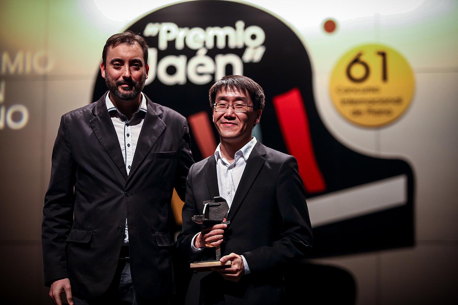Premio del público: Alexander Koryakin