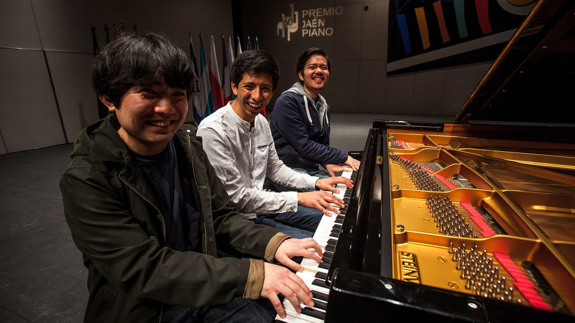 Jorge Nava Vásquez, Honggi Kim and Jin-Hyeon Lee, finalists of the 60th Jaén International Piano Competition