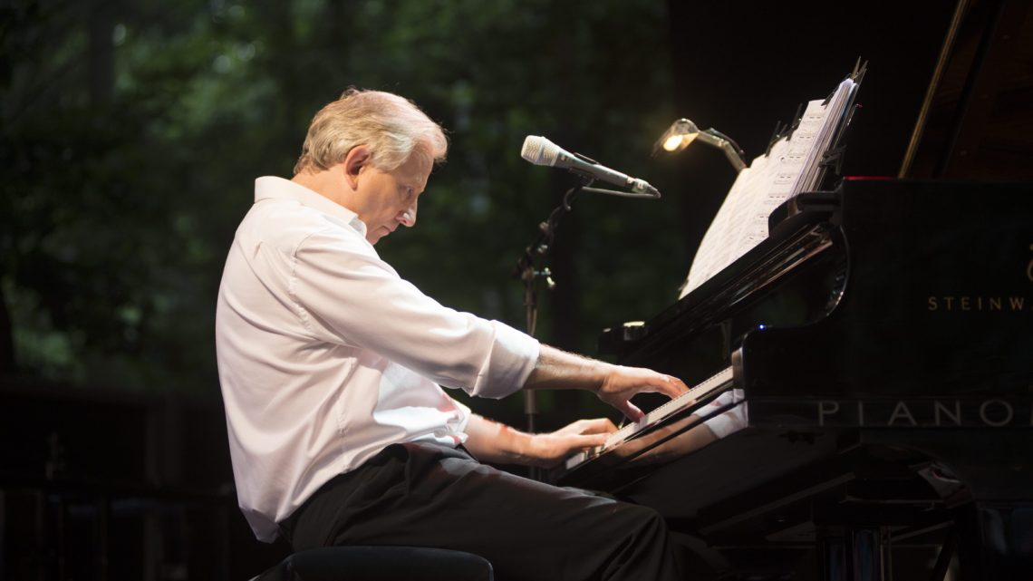 El pianista belga Wim Mertens llega a Jaén en el ecuador del I Festival de Piano que organiza la Diputación