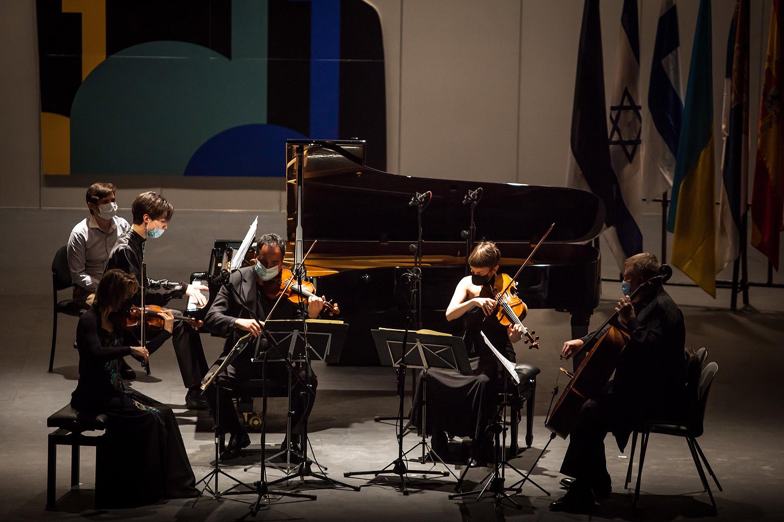 Angel Wang de EE.UU. con el Cuarteto Bretón