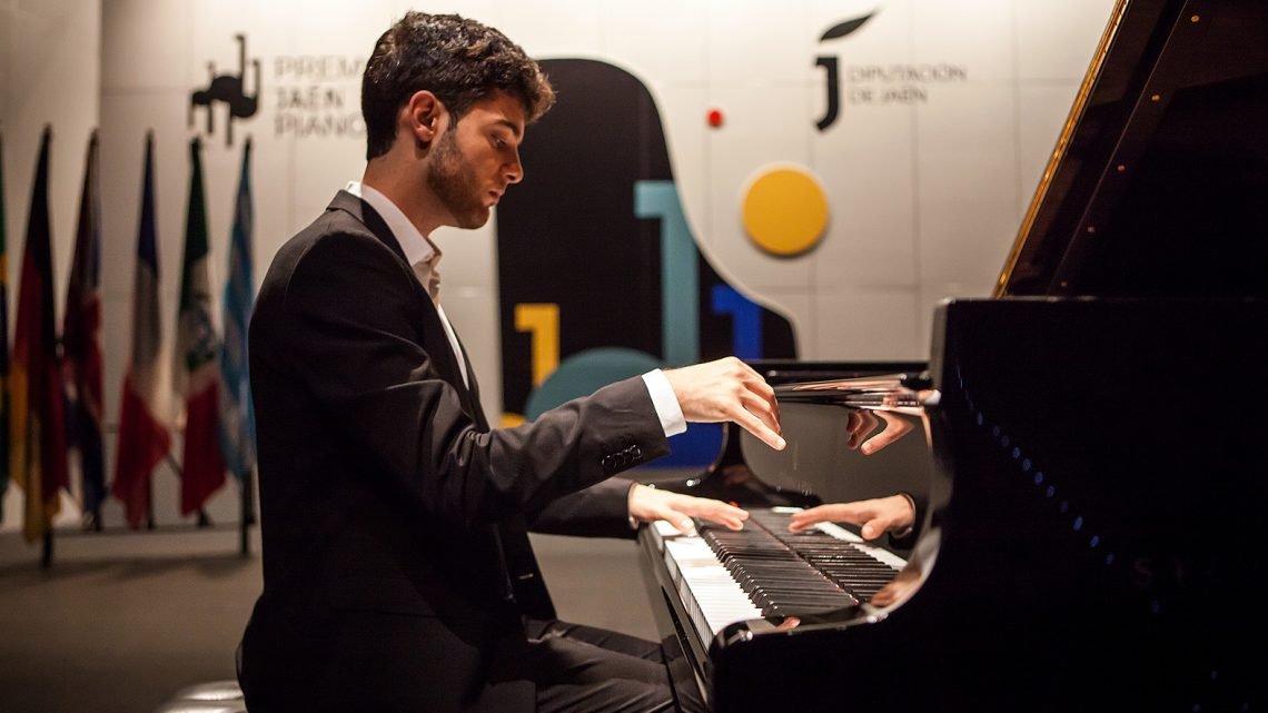 Juan José Blázquez / España
