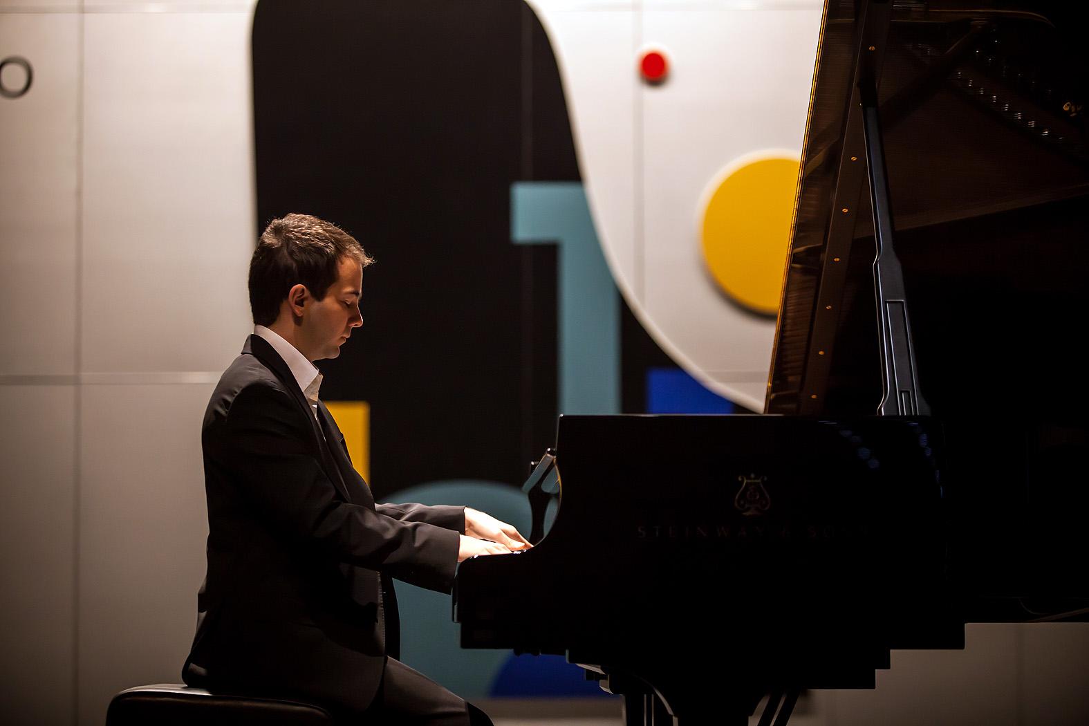 Raúl Canosa / España